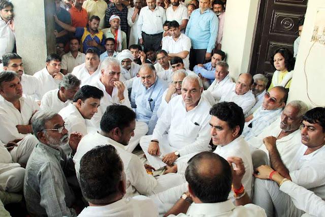 ex-cm-bhupender-singh-hooda-meet-victim-family-palwali-greater-faridabad