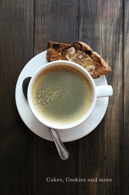 Cantuccini mit Haselnüssen und Espresso