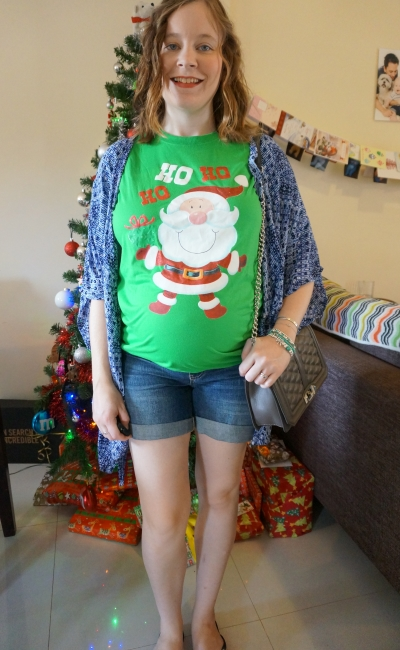 Away From Blue | Festive Santa Christmas Tee Aussie Summer Maternity 2nd Trimester outfit