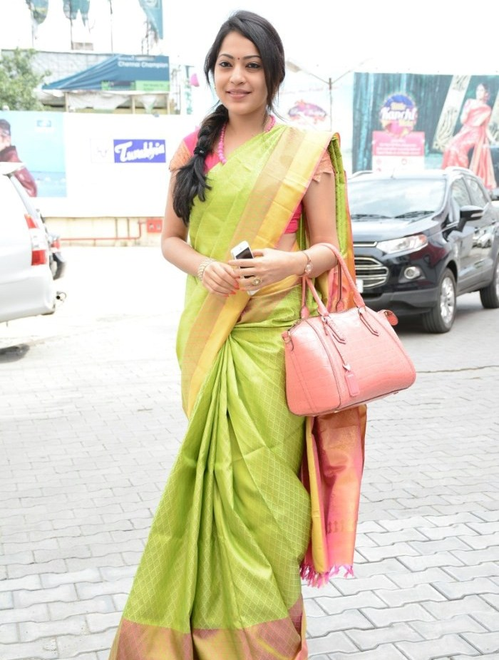 Tamil Tv Anchor Ramya Stills In Lemon Green Saree