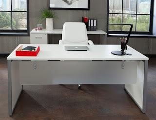 Fulcrum Desk