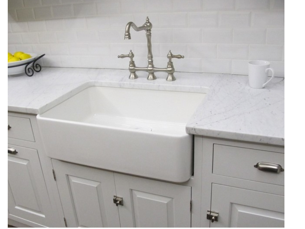 WEST END COTTAGE: Laundry Sinks