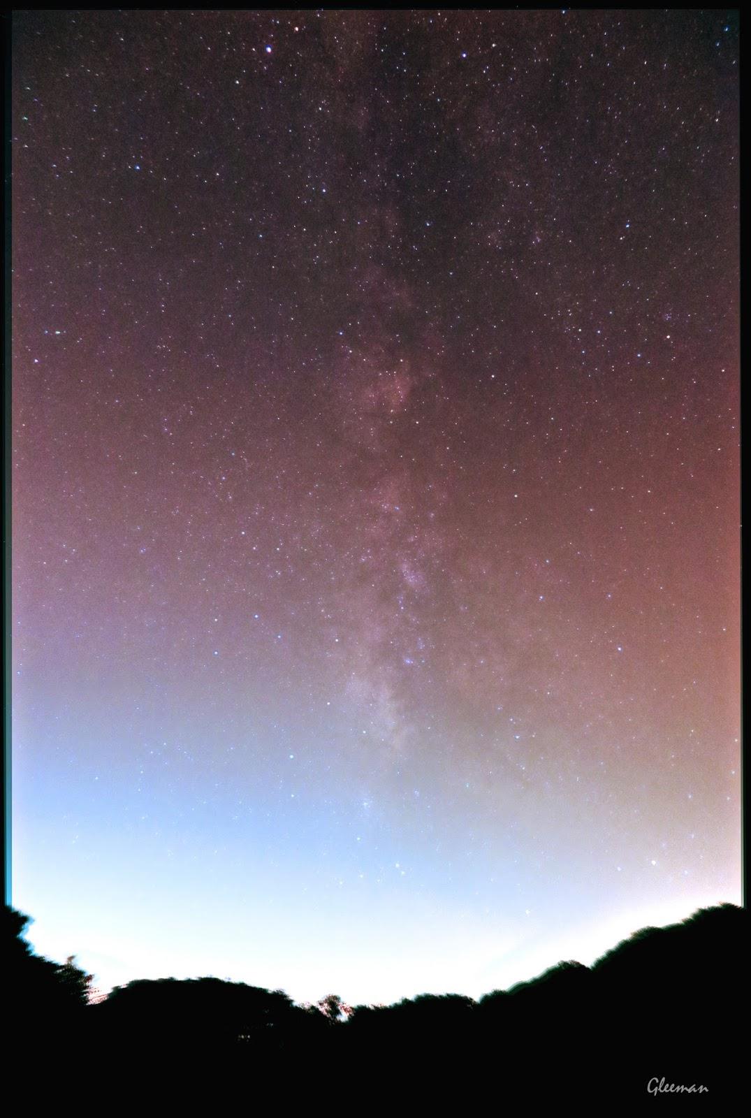 從大屯山向南望去的台北市上空的銀河, Canon G1x Mark II,