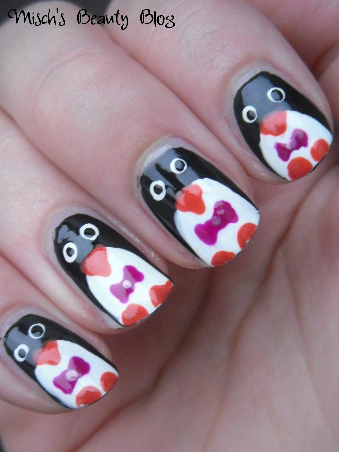 Misch's Beauty Blog: NOTD December 17th: Penguin Nail Art