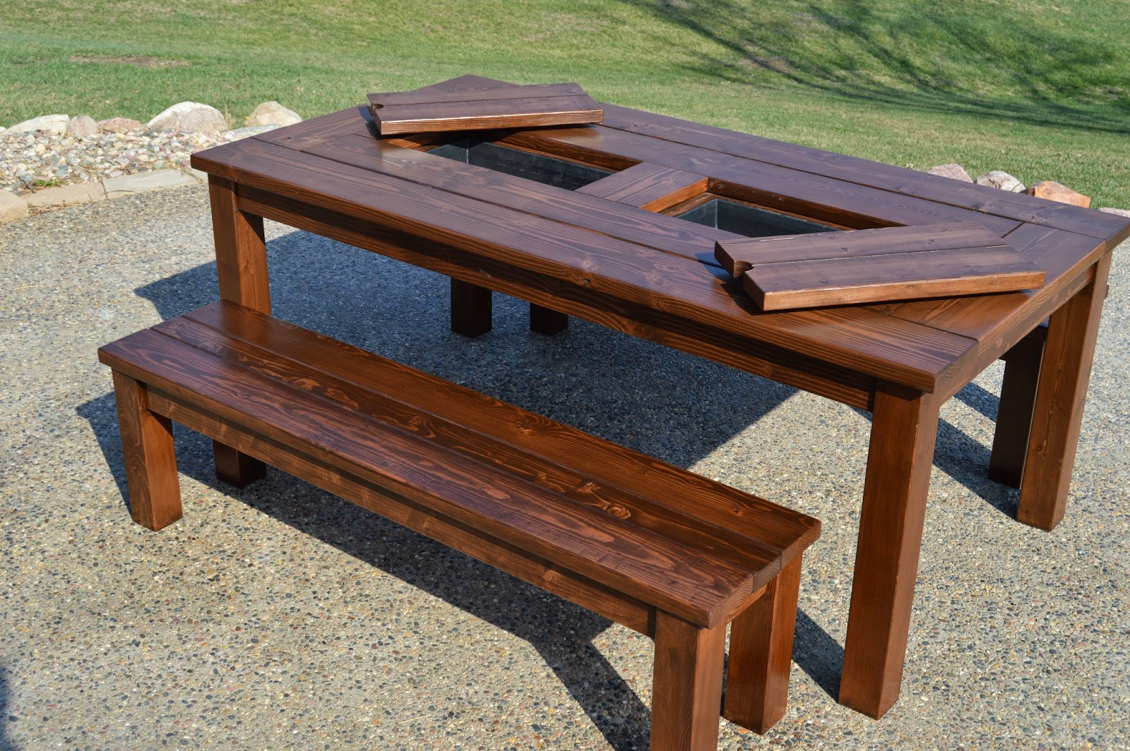 KRUSE'S WORKSHOP: Step By Step Patio Table Plans