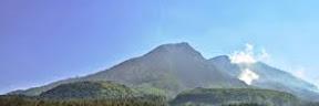 Misteri di Gunung Lawu Karanganyar Jawa Tengah Mitos dan Misteri di Gunung Lawu Karanganyar Jawa Tengah