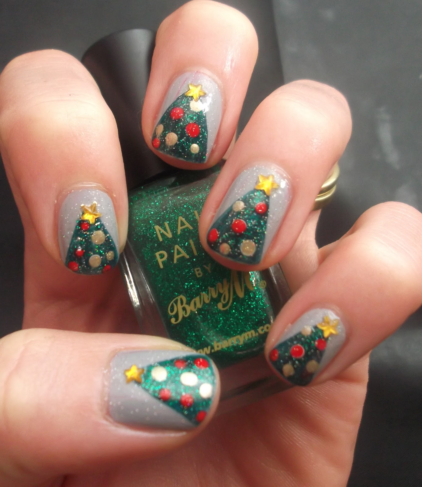 Nail Art: Lou Is Perfectly Polished: Christmas Nails: Christmas Trees