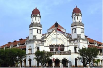 """Lawang Sewu, The """"Haunted House"""" in Semarang, spooky places, haunted vacation, central java place, family holiday"""