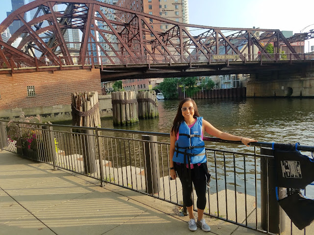 kayaking, Chicago, sunset tour, what to wear