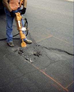 Corte del Pavimento Flexible Dañado