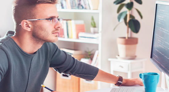 Startup Enjoei abre 9 vagas na área de tecnologia para home office