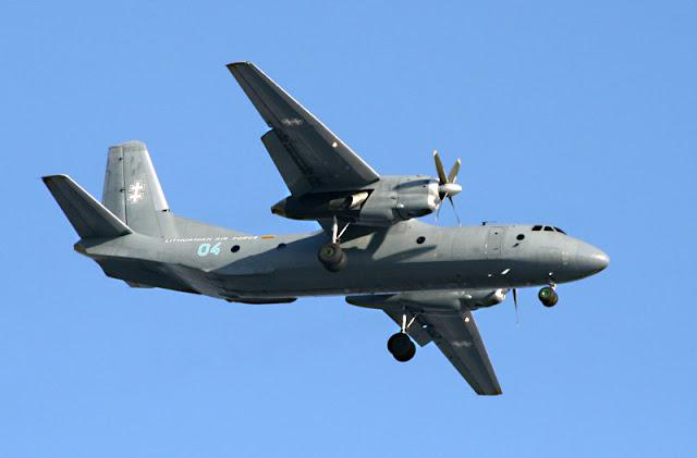 Gambar 7. Foto Pesawat Angkut Militer Antonov An-26