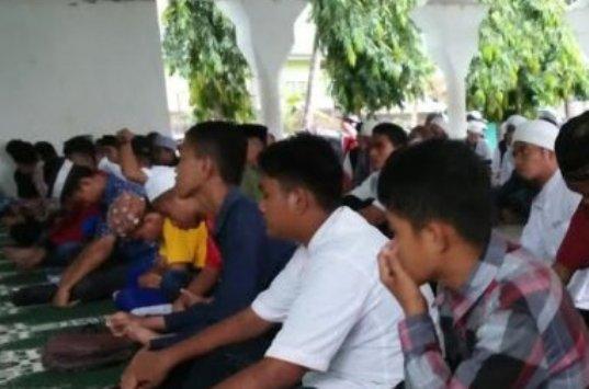 Wakapolres Kep. Selayar, Buka Pertemuan Pelajar Islam
