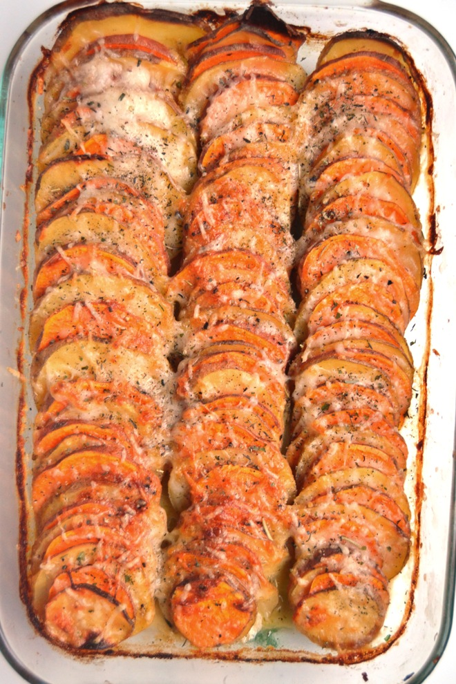 Hasselback Potato Gratin features thinly sliced sweet potatoes and yellow potatoes with a healthier creamy, cheesy sauce and is the best side dish for entertaining! www.nutritionistreviews.com