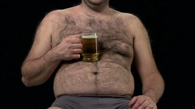 Que sucede si bebes un litro de cerveza por día?
