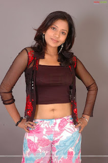 lovely indian model pic, beautiful model images