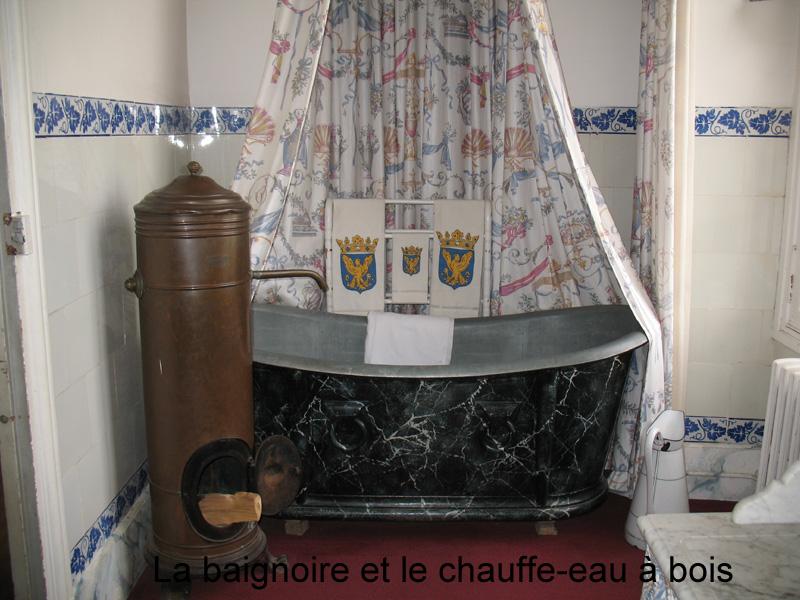 le grenier de pap toune le chauffe bain baroudeur. Black Bedroom Furniture Sets. Home Design Ideas