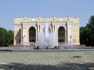Alisher Navoi theatre Tashkent