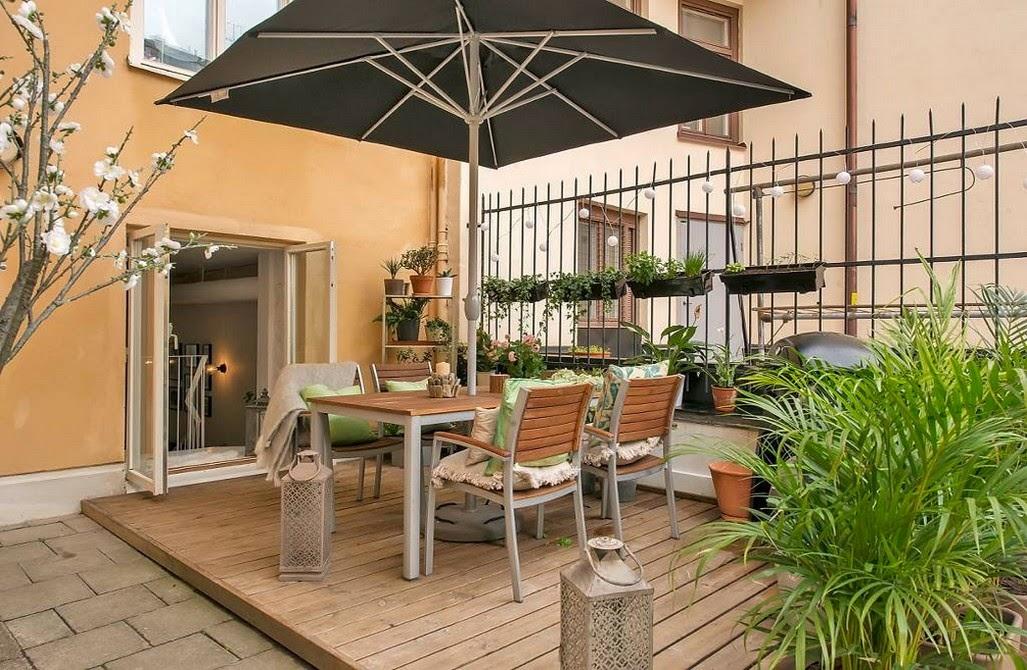 lovely deco un bel appartement terrasse. Black Bedroom Furniture Sets. Home Design Ideas
