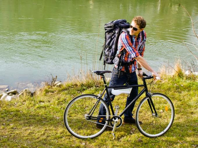 fontus-botella-convierte-aire-agua-bicicleta