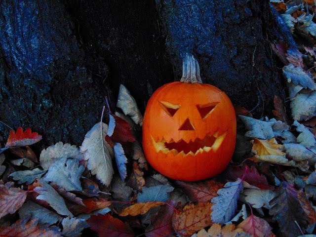 Jak zrobić Halloween'ową dynię