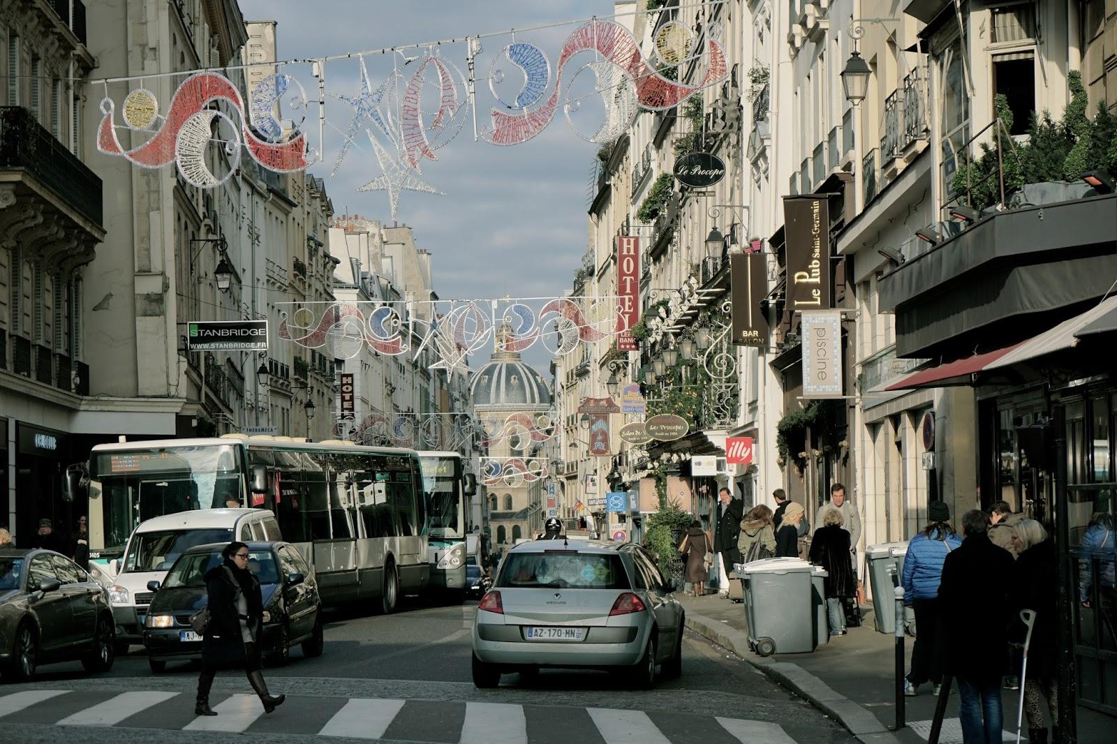 アンシエンヌ・コメディ通り(Rue de l` Ancienne Comédie)