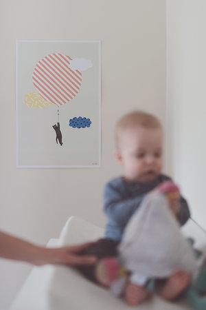 Dulce habitación de bebé en tonos pastel