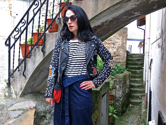 fashionblogger, art, photo, photograph, Avilés, oviedo, gijón, asturias, biker, trousers, pantalones, jeans,lastres, rayas,stripes,