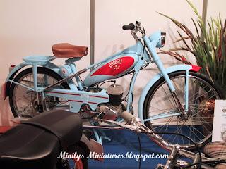 expo, motos, antiguas, spanish