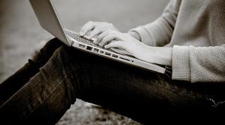 Θύμα διαδικτυακού παιχνιδιού η 16χρονη που κρεμάστηκε στην Γλυφάδα;
