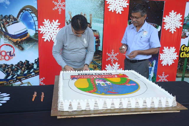 Mr. Ashok Goel- Promoter of EsselWorld and Water Kingdom at the cake cutting ceremony