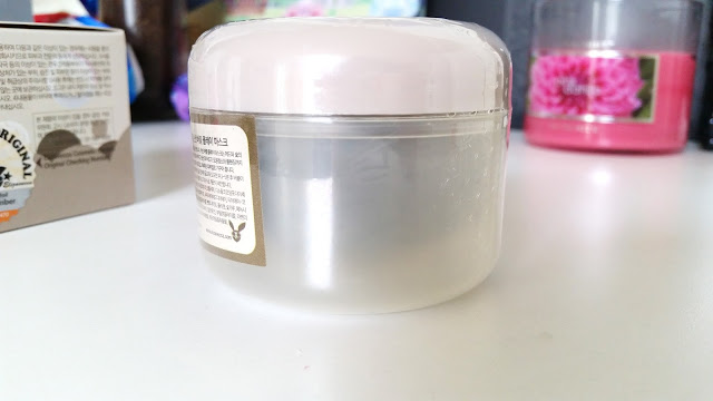 mask container's bottom 1/4 is just plastic