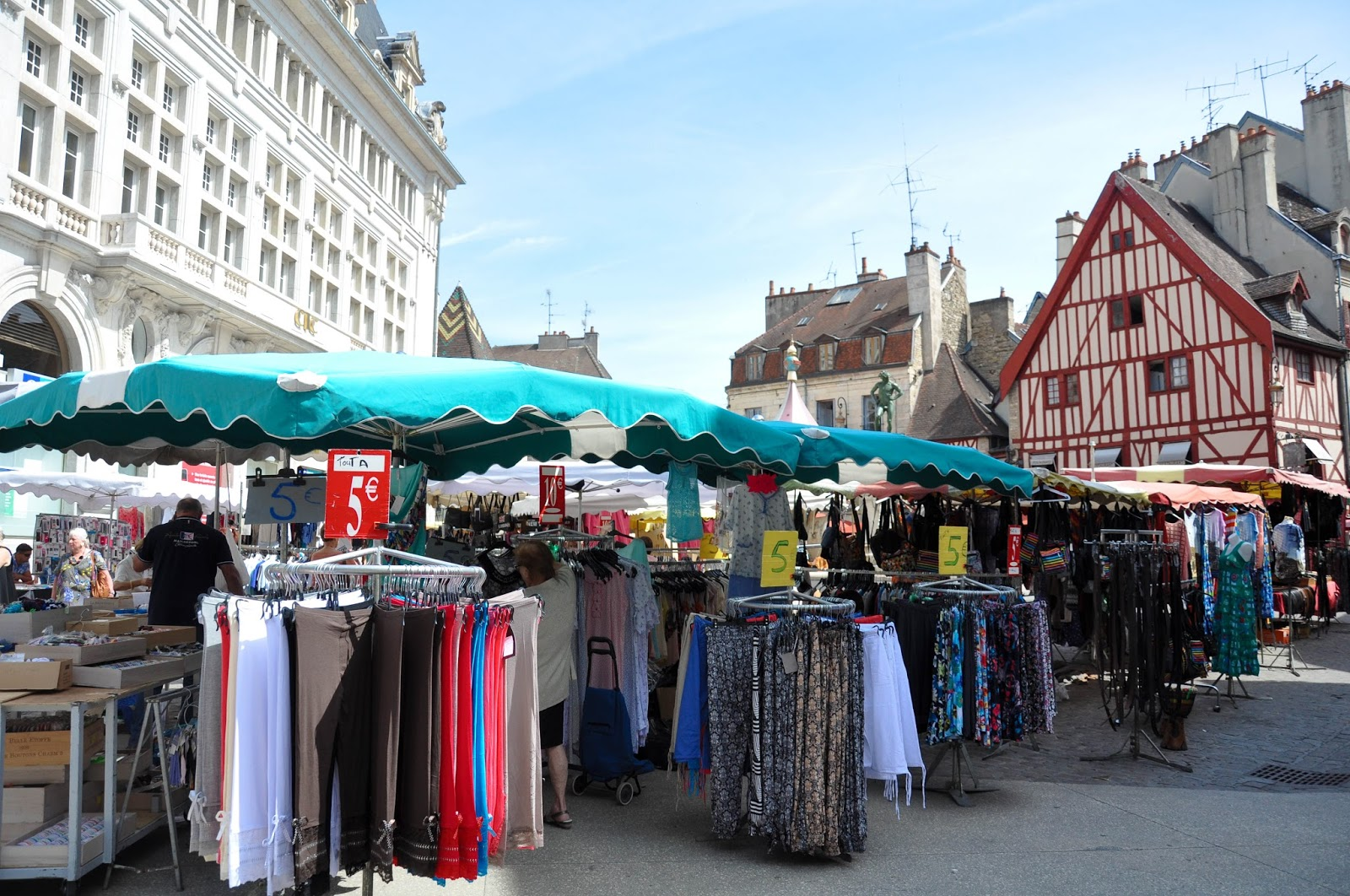 Market in front of medieval buildings, Dijon, Burgundy, France