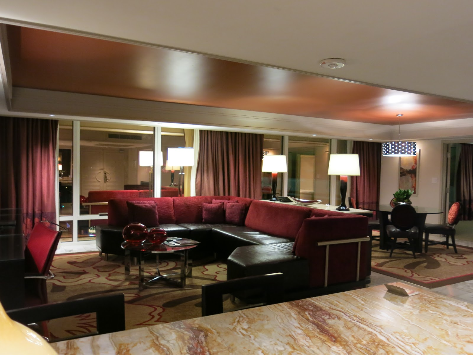 Las vegas daze mirage one bedroom tower suite via myvegas - Las vegas 2 bedroom hotel suites ...