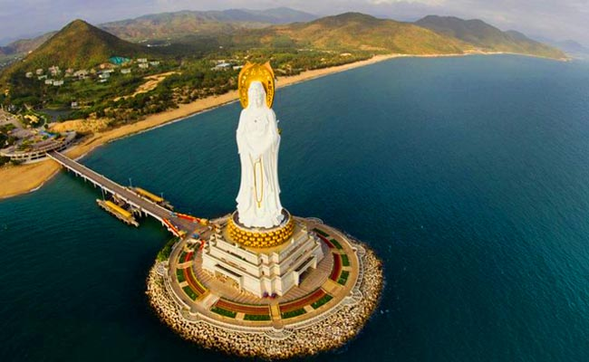 Guan Yin of the South Sea of Sanya Statue