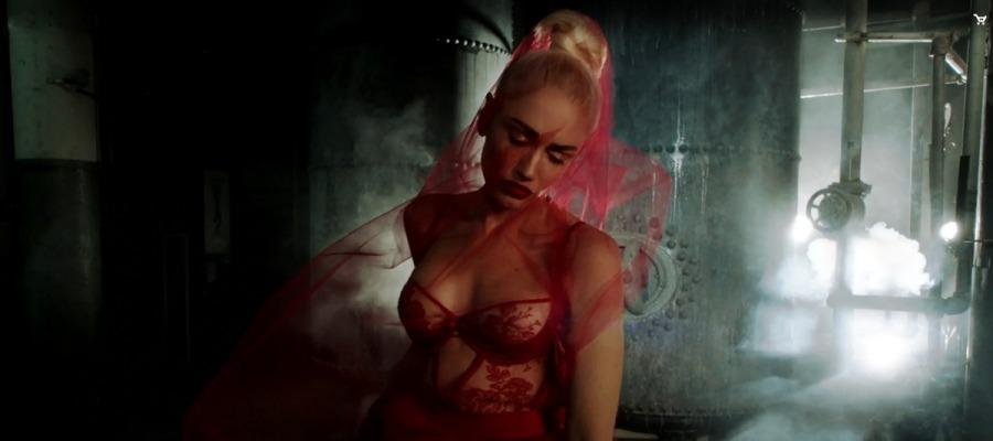 Una espectacular y camaleónica Gwen Stefani estrena nuevo vídeo 'Misery'