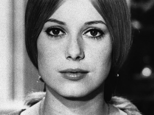 case of aline deneuve Free essay: case of aline deneuve this case aline deneuve is written by alvin turner, from st catharine's, ontario, canada there are a lot of issues in.