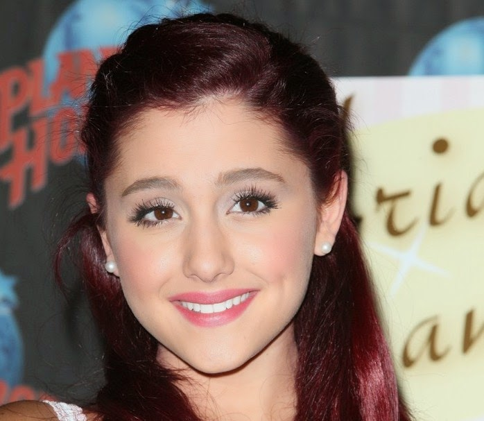 Car Crash Wallpaper Ariana Grande Best Smile Collections All About Photo