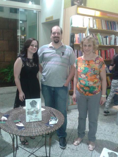 Os autores Giovana Minotto, Mauricio R B Campos e Tânia Tonelli