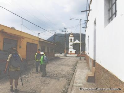 Llegando a la plaza principal de San Marcos Evangelista en Zacoalco de Torres