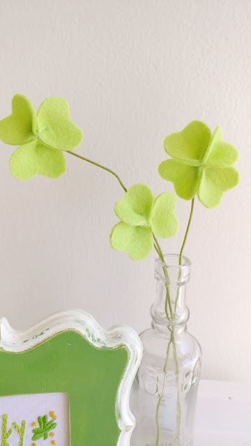 simple felt shamrock tutorial