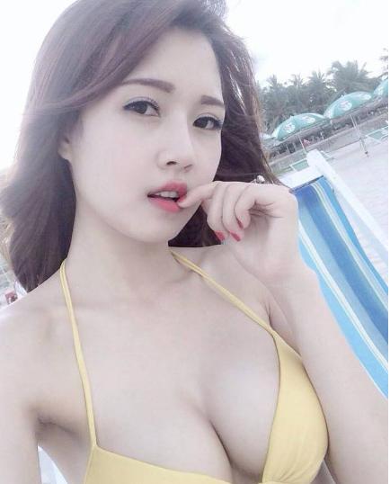 girl xinh khoe hang tren mang xa hoi