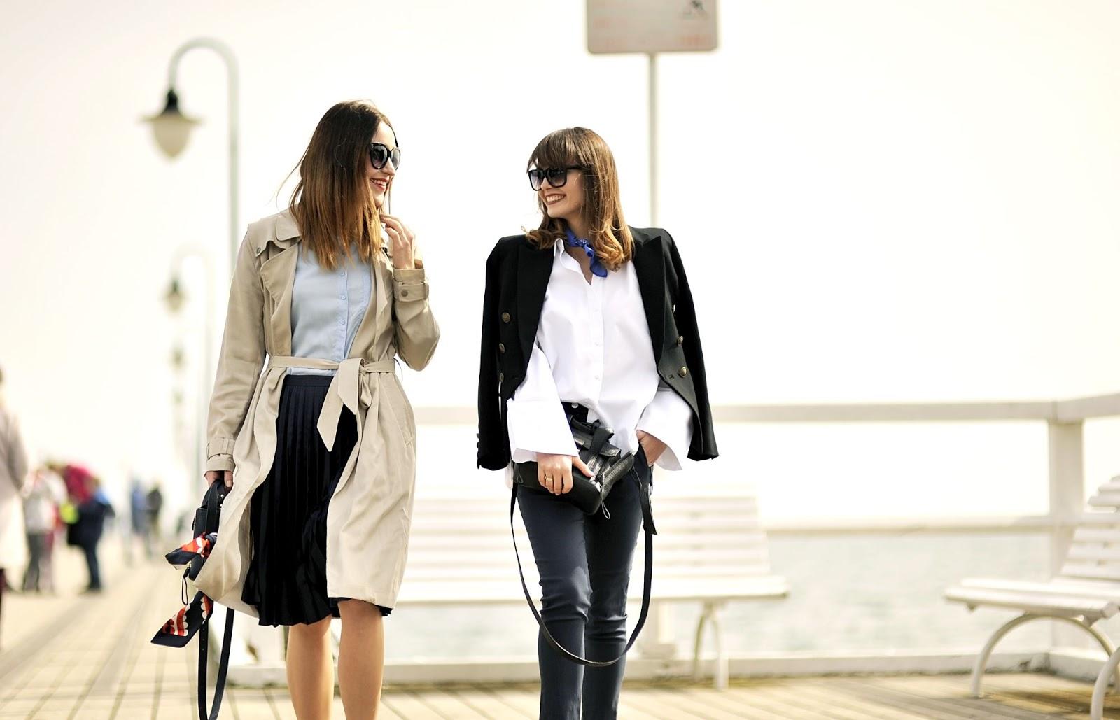plisowana spodnica | biala koszula | jak sie ubrac do pracy