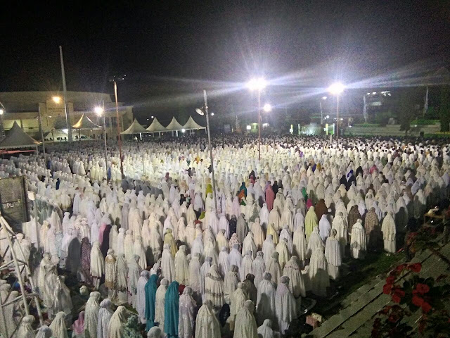 Ribuan Masyarakat Hadiri Zikir dan Doa Bersama Akar Super