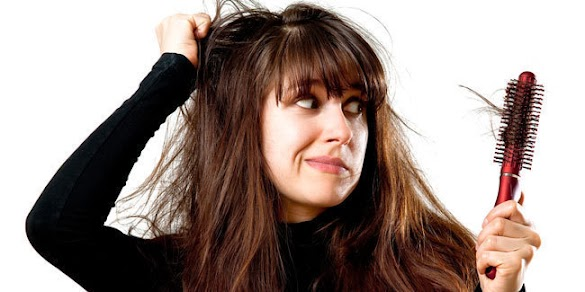 Faktor yang Menyebabkan Rambut Rontok