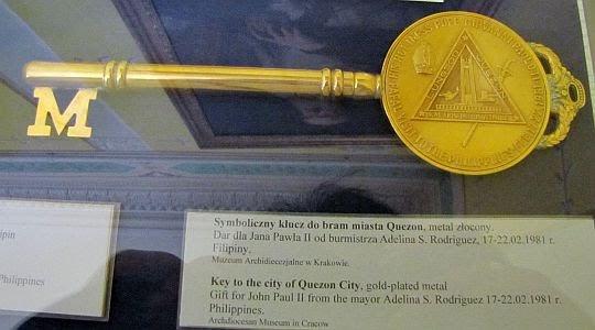Symboliczny klucz do bram miasta Quezon