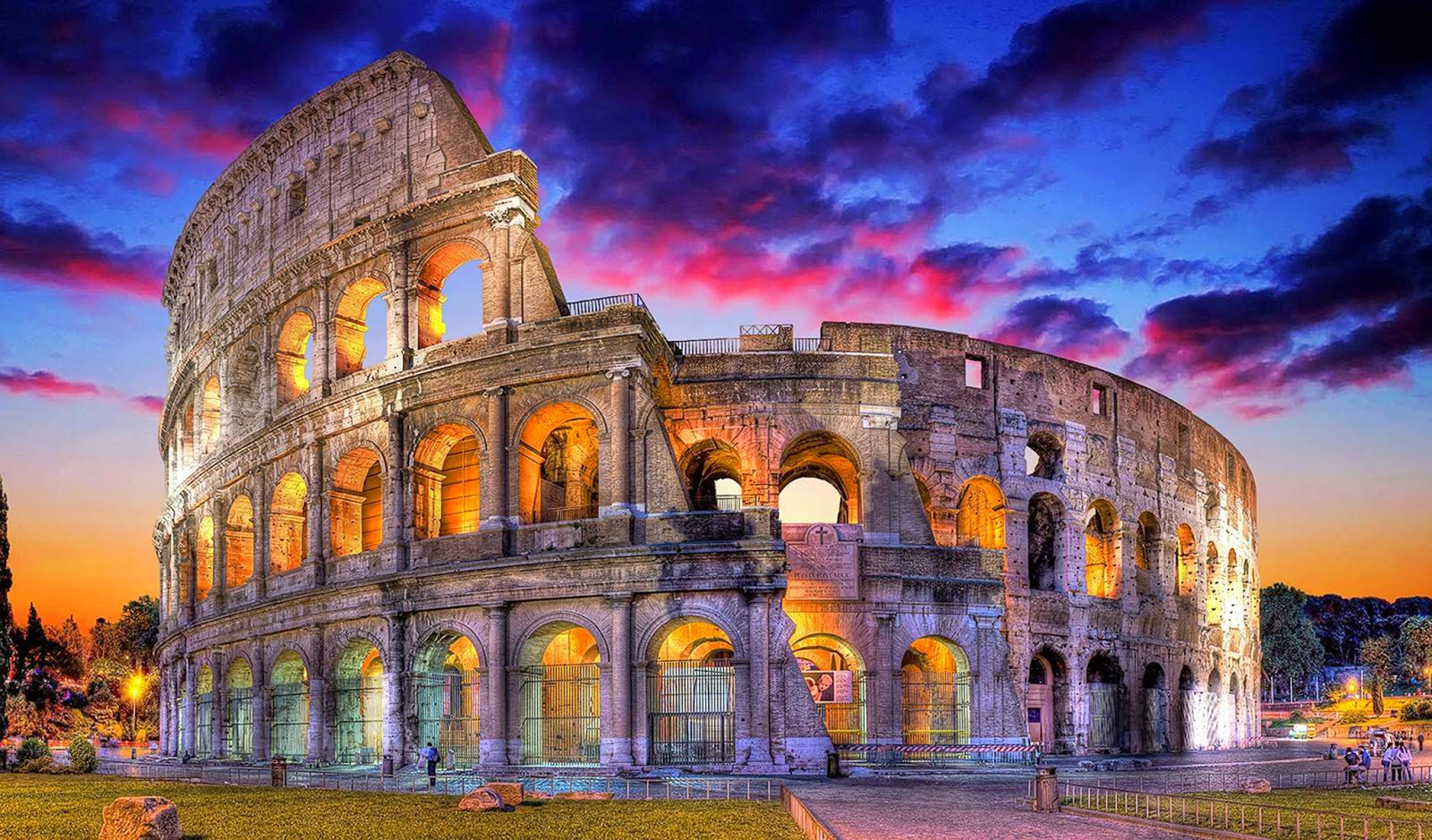 10 Hottest Summer Destinations In Europe | Colosseum Rome, Italy