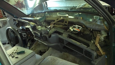 removing the dashboard of a dodge truck, guide, steps