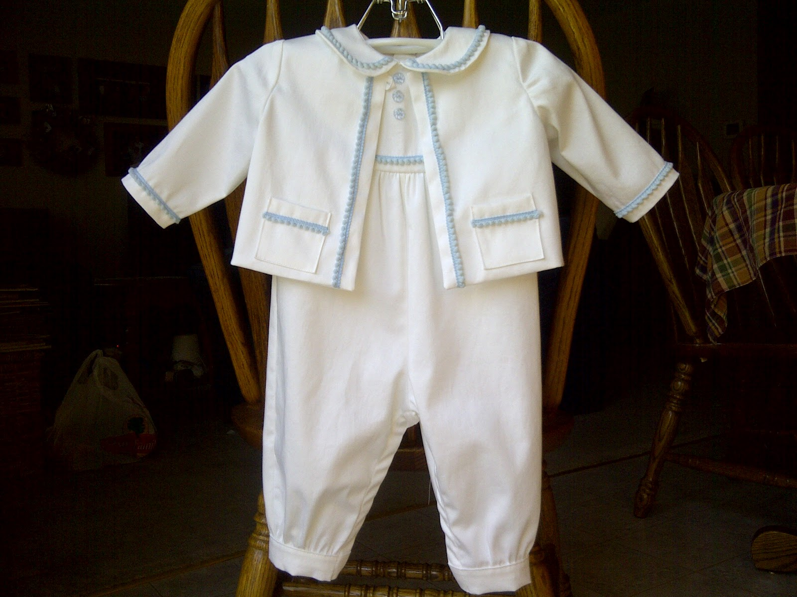 SewingMyOwn: Simplicity 5813- Baptism Outfit for my Godson