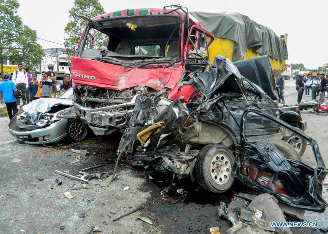 Car Wrecks: Fatal Car Accident Photos: Car Accadent
